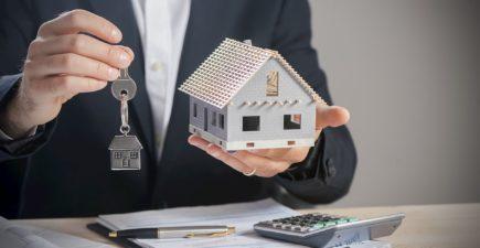 Avec des taux très bas en 2019, la production de crédit immobilier a bondi. Quant aux investissements locatifs, ils ont suivi la même tendance et ont séduit plus d'un acquéreur sur quatre l'an dernier. En 2020, les Français devraient être encore nombreux à acheter un bien immobilier pour le louer, quitte à profiter des dispositifs comme le Pinel et le Denormandie qui permettent de bénéficier de réductions d'impôt.
