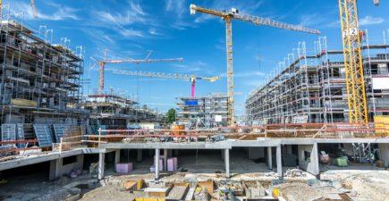 BTP : le gouvernement souhaite la reprise totale des chantiers