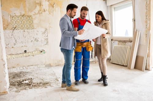 Le Gouvernement aide les collectivités et les particuliers dans le cadre de son plan national contre les logements vacants.