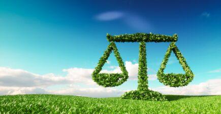La loi climat, promulguée dès cet été, va avoir des conséquences sur l'immobilier.