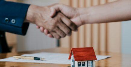Le volume des transactions immobilières a atteint un niveau record entre mai 2020 et mai 2021.